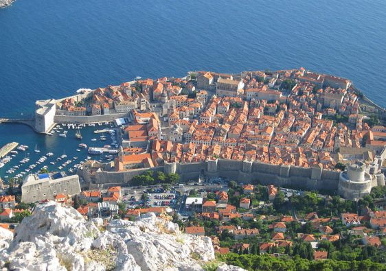 dubrovnik city wall is one of the romantic things to do in dubrovnik